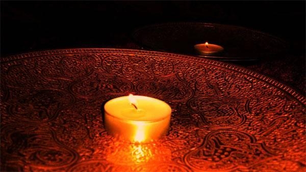 Guru bez góry, słońce bez światła i dom bez klamek.